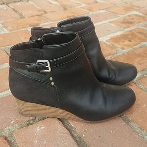 Dr. Scholl's Black Double Wedge Bootie Size 9